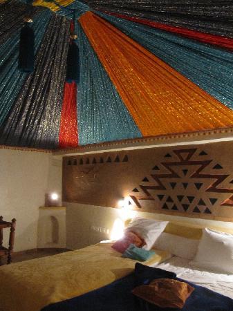 Riad Lamane: Twin room
