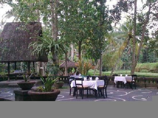 Kokokan Club outside view