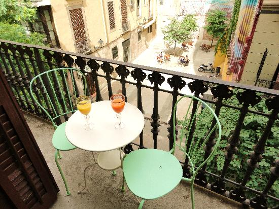 El Balcon del Born: ROOM 3 - BALCONY
