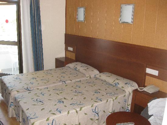 HSM President Golf & Spa: Bedroom area
