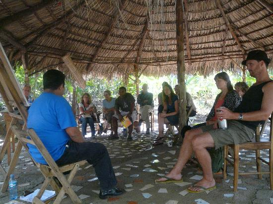 La Mariposa Spanish School and Eco Hotel: History class in the rancho