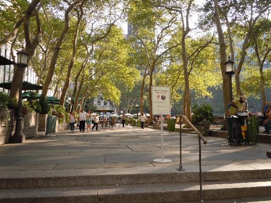 ไบรอันท์ปาร์ค: beautiful park