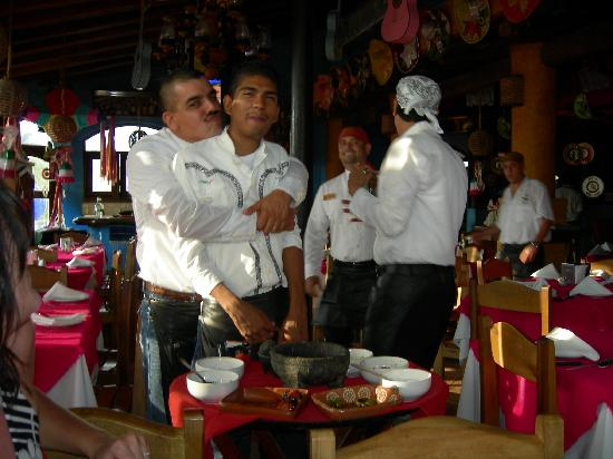 Los Zarapes: Entertaining staff