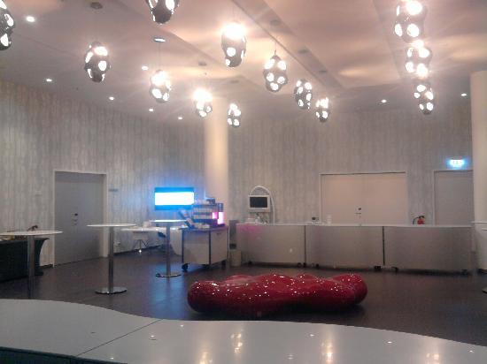 โรงแรม นโฮว เบอร์ลิน: Foyer Tagungsräume