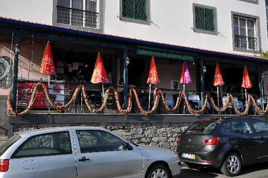 Rocha Mar Restaurante: Rocha Mar, view from outside. Madeira, June/July 2011