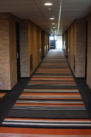 Van der Valk Hotel Duiven: 8th floor corridor