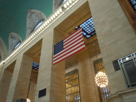 Grand Central Terminal: American flag