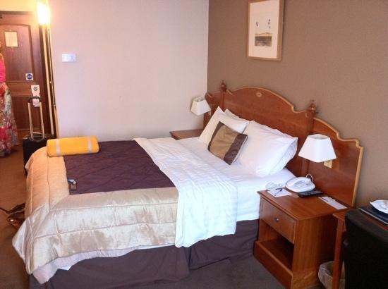 Cedar Court Hotel Bradford: bedroom