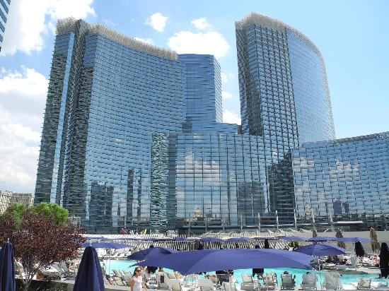 Vdara Hotel & Spa: View of Aria Hotel from the pool