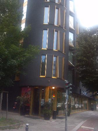 โรงแรมอาเซล เบอร์ลิน: Axel Hotel Exterior