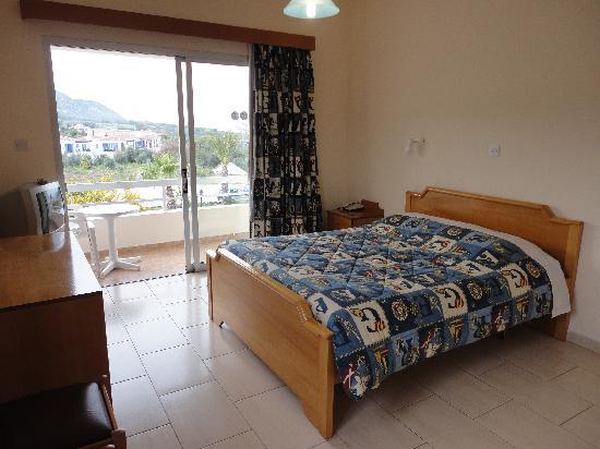Aphrodite Beach Hotel: Aphrodite Beach room