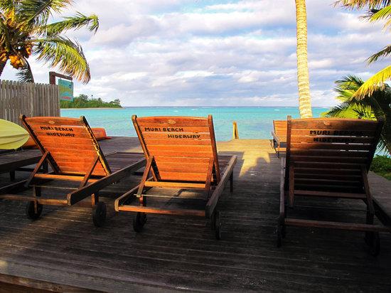 Muri Beach Hideaway: Looking out onto Muri Beach