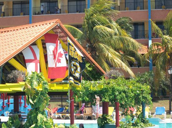 Brisas Guardalavaca Hotel: CANADA represent!