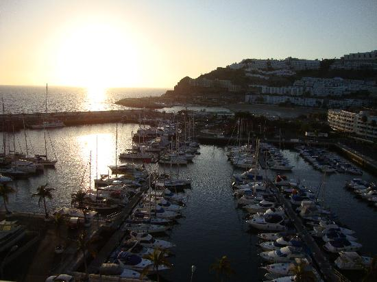 Marina Suites: Sunset