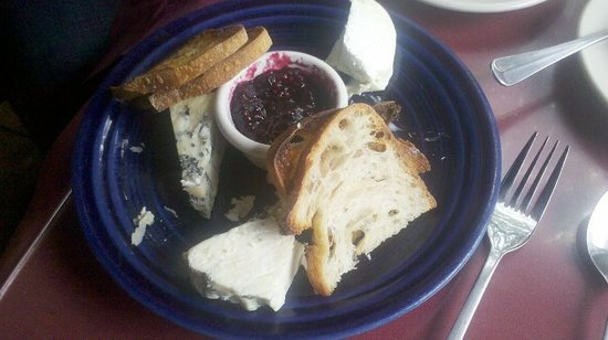 Sarducci's: Cheese platter