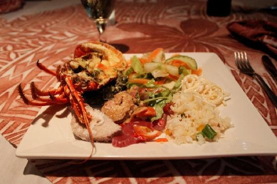 Litia Sini Beach Resort: dinner (with lobster) all included with nights stay!