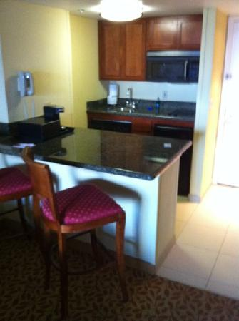 Hutchinson Island Marriott Beach Resort & Marina: kitchenette