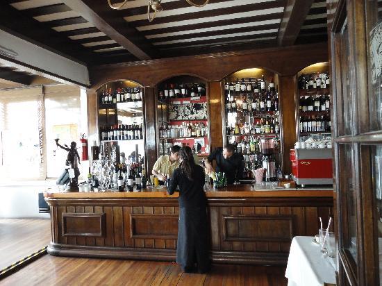 Cafe Turri: La barra