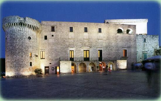 Il Pavone: Da Conversano ad Amalfi