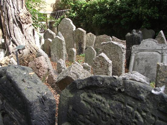 Graves in the Old Jewish Cemetery