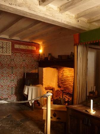 Shakespeare's Birthplace: Shakespeare study room