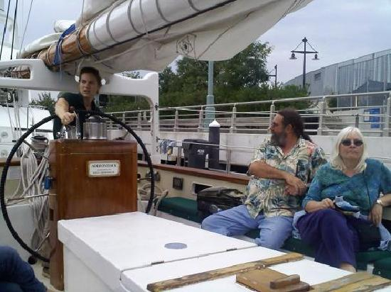 Classic Harbor Line: Captain Sara with guests