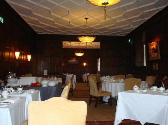 Ellenborough Park: Dining room - set for breakfast