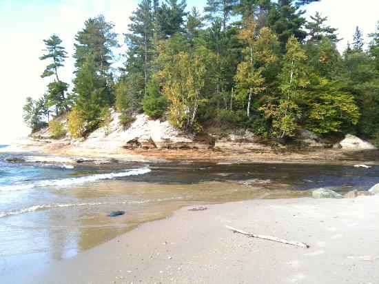 Pictured Rocks National Lakeshore: Mosquito river and Lake Superior