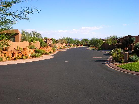 The Inn at Entrada: Road leading up to our casita