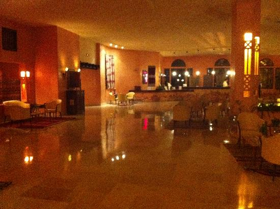 Chich Khan: Reception /  lobby