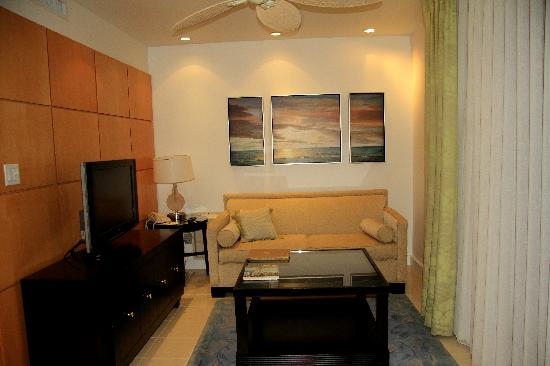 Pier House Resort & Spa: Living room