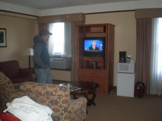 The Historic Plains Hotel: our room