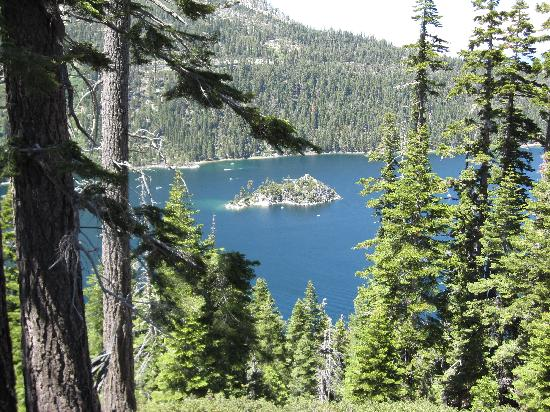 Taylor Creek Visitor Center: South Lake Tahoe