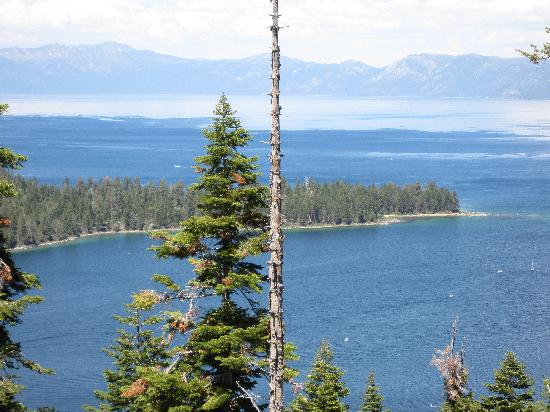 Taylor Creek Visitor Center: Gorgeous scenery at South Lake Tahoe