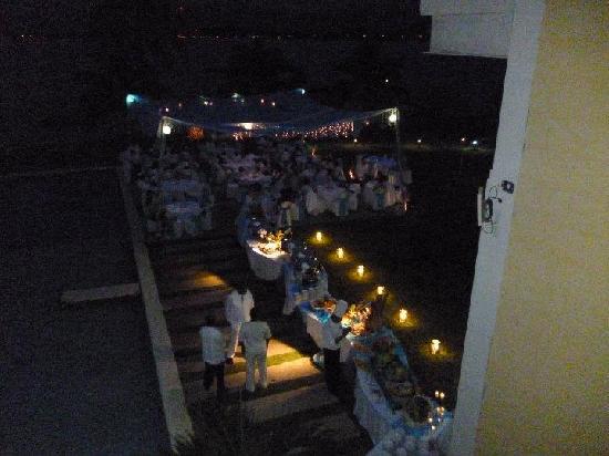 Playa Tortuga Hotel & Beach Resort: bufett