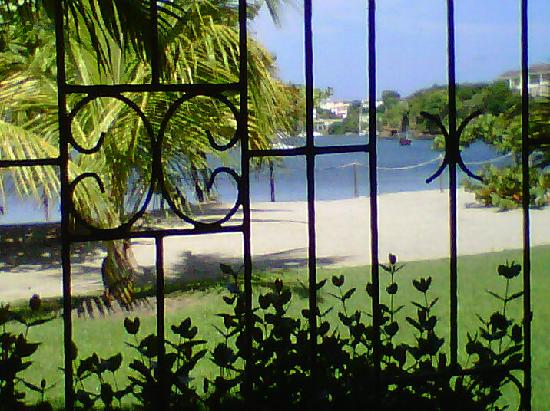 Lance Aux Epines Cottages: View from inside cottage
