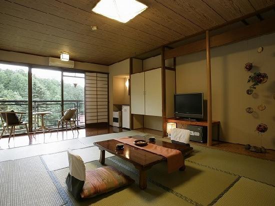 Hishino Onsen Tokiwakan: 長野県小諸 菱野温泉常盤館リニューアル客室