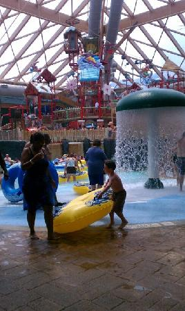 Massanutten Resort: The indoor waterpark was great