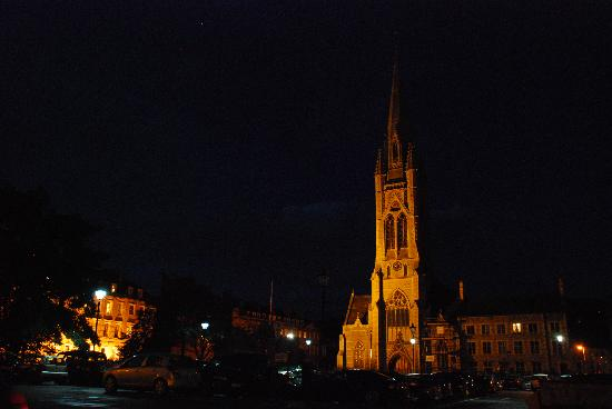 St John The Evangelist Church: Impressive at night