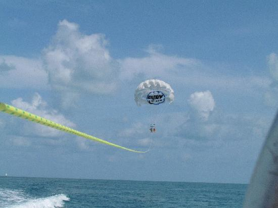 Fury Water Adventures Key West: Ultimate Adventure - Parasailing