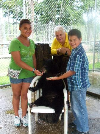 Oswald's Bear Ranch: Kids and I with the cub