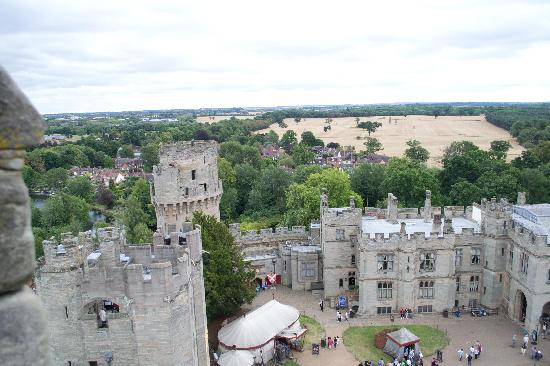 Premium Tours - London Tours: Warwick Castle from The Ramparts