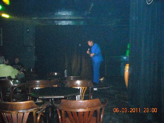 El Rincón del Bolero: Salón Bolero_Cantando Héctor Téllez (Gran artista, buen show)