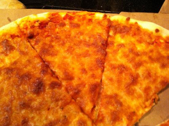 Pino's Pizza: Real, deal, NY pizza!