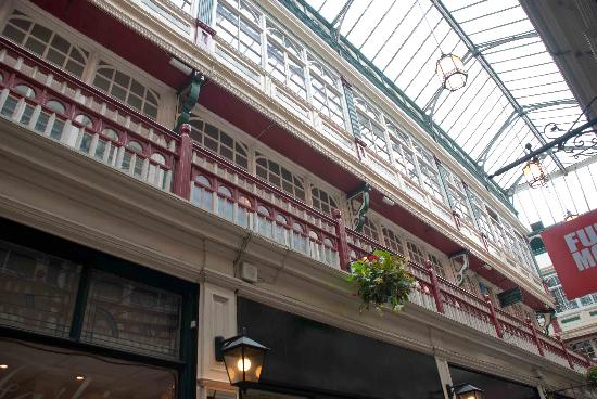 Castle Quarter Arcade: Lovely roof
