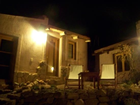Cerro Chico: vista nocturna de las cabañas