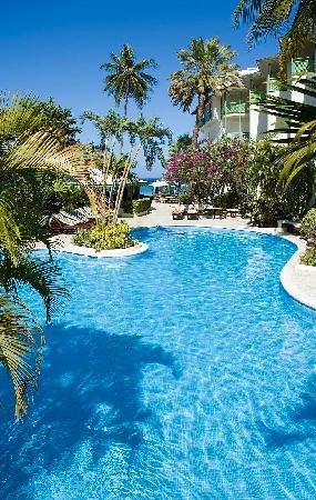 Mango Bay All Inclusive: Pool at Mango Bay