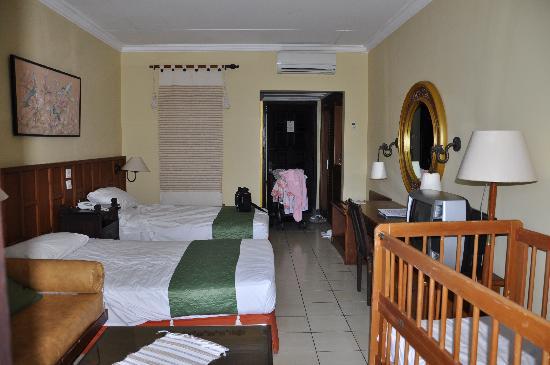 โรงแรมคลับบาหลีมิเรจ: Deluxe Room in Hotel Club Bali Mirage
