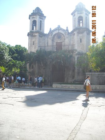 Church of the Good Voyage (Iglesia Santo Cristo Del Buen Viaje)