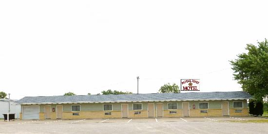Royal Rest Motel: Exterior